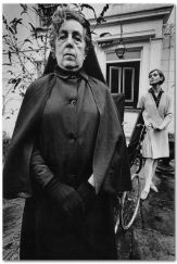 60f1cf2a9bcdcedfc83a5d47ea4f3c34--jean-loup-sieff-french-photographers